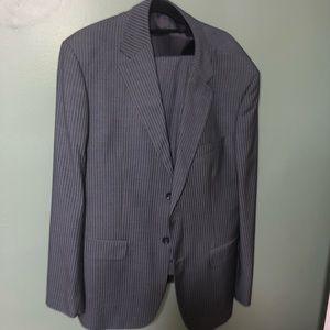 Men's Armarni suit fits a men's large